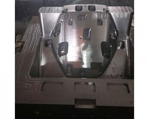 汽车模型腔加工